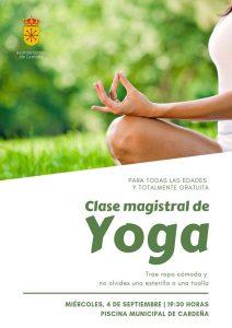 Clase de Yoga. Cardeña