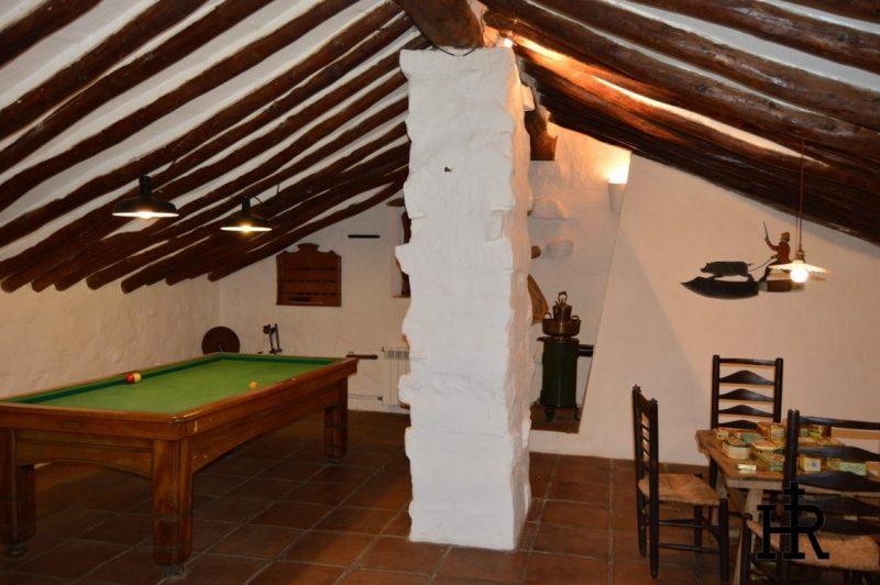 Buhardilla-Cortijo-El-Mohedano-7-1140x758.jpg