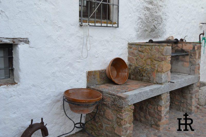 Patios-Cortijo-El-Mohedano-6-1140x758.jpg