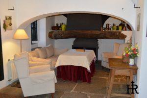 Salones-y-Cocinas-Cortijo-El-Mohedano-11-1140x758.jpg