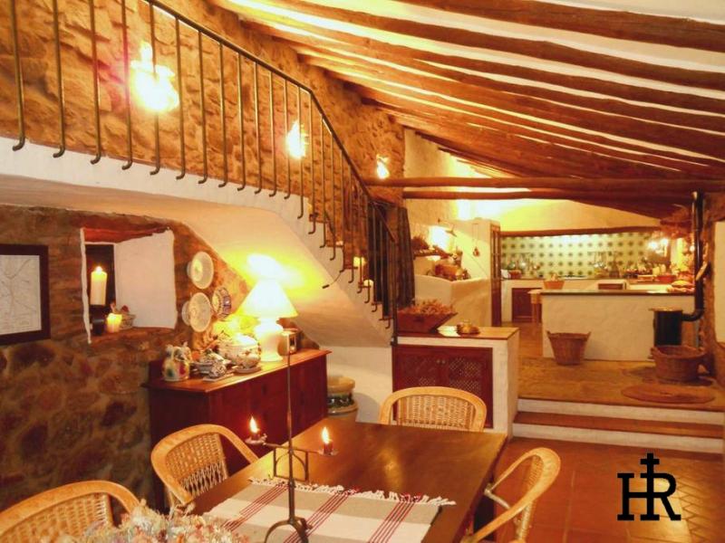 Salones-y-Cocinas-Cortijo-El-Mohedano-27.jpg