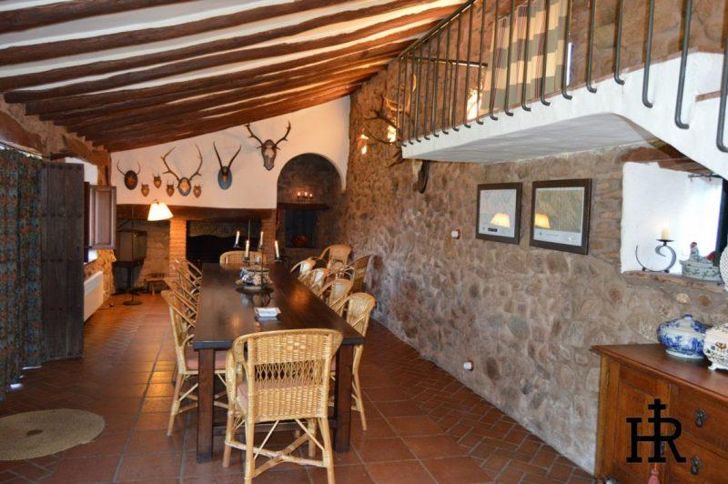 Salones-y-Cocinas-Cortijo-El-Mohedano-5-1140x758.jpg